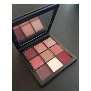 Huda Beauty MAUVE Obsessions Eyeshadow Palette New & Authentic