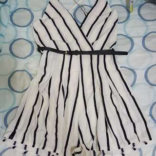 🚚 全新條紋洋裝附腰帶