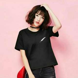 全新#黑色羽毛純棉寬鬆短版短袖T恤