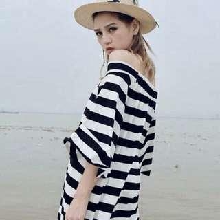 黑白橫條紋短袖魚尾渡假荷葉袖長版一字領性感洋裝孕婦休閒