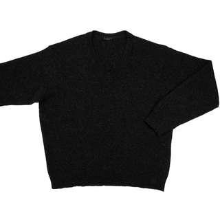 法國品牌SISLEY深灰色純羊毛V領長袖毛衣 大尺碼 義大利製