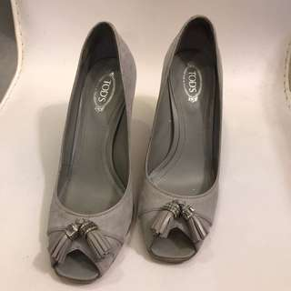 TODS 高跟鞋