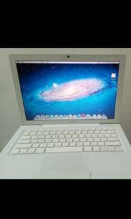 MACBOOK WHITE 2006
