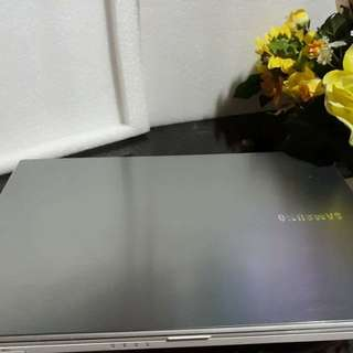 SAMSUNG 300V LAPTOP FOR SALE