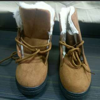 BN size 40 Winter Boots