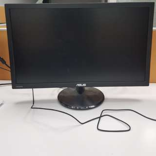 ASUS 24型螢幕