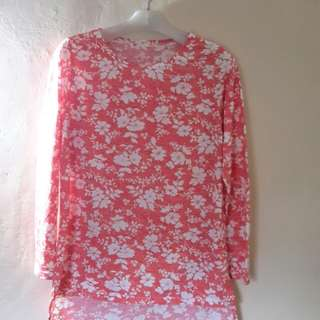 Blouse like new fit to L