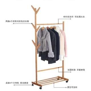 Rak Pakaian Bamboo