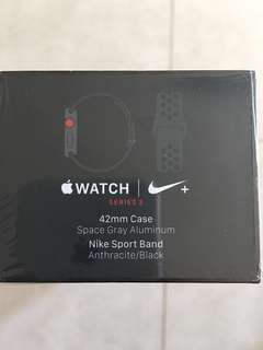 Apple Watch Series 3 42mm (GPS & Cellular)