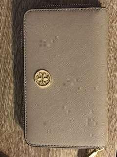 Brand new Tory Burch wallet