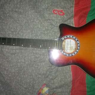 Lumanog Acoustic Guitar