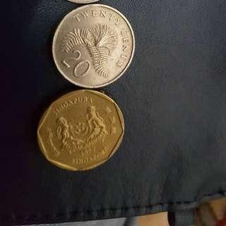 歐元20及新加坡幣41