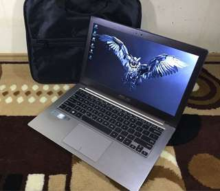 Asus Zenbook Core i5 Ram 4GB nVidia Ultraslim Mulus