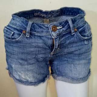 Us Quality Denim Shorts Affordable Price  fits 25 Waistline