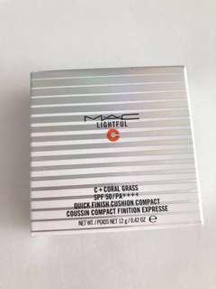 最新 MAC cushion compact 瞬效亮白氣墊粉餅SPF50 / PA++++