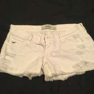 Hollister 白色牛仔短褲