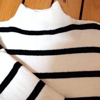 立領橫紋針織毛衣