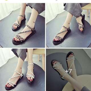 Super sale now: P250 only !!!  💋Studded Ankle Sandals 💫PU leather material 💫Chic look and good quality 💫Size: 35, 36, 37, 38, 39 💫2 colors