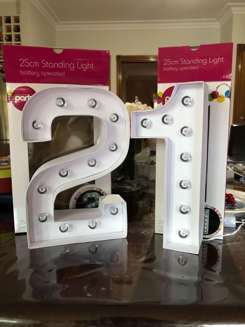 21 Standing Lights