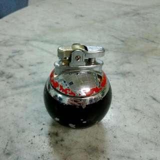 England Ronson Lighter Vintage