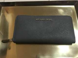 Michael Kors Saffiano Zip Wallet