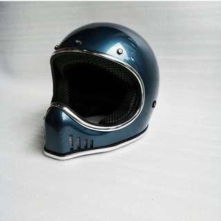 Xbone Vintage Helmet