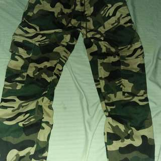 Camouflage jagger pants