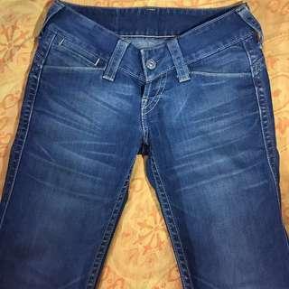 Levi's二手小喇叭牛仔褲