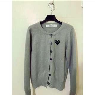 原價3680 日本製 精品針織毛衣外套 多變天氣這種最需要囉 質感真的很好 可愛團體喔😄