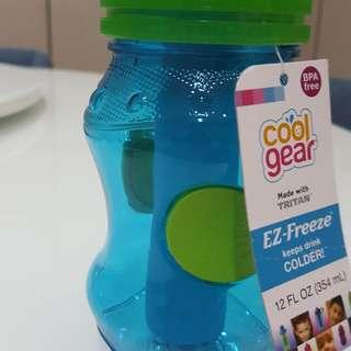 Water bottle cool drink
