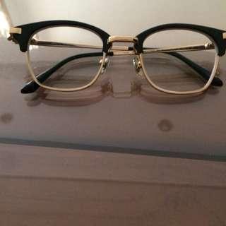 kacamata merk gentle monster