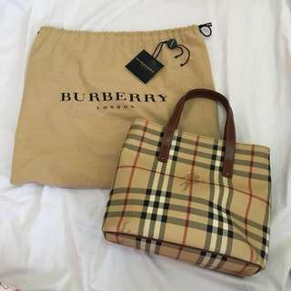 Authentic Burberry bag - brown