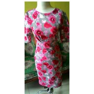 Dress scuba flower