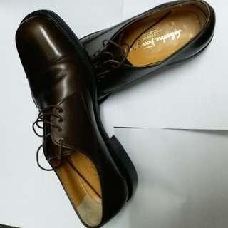 新年割減:Salvatore ferragamo 男裝皮鞋~size 7(1/2)