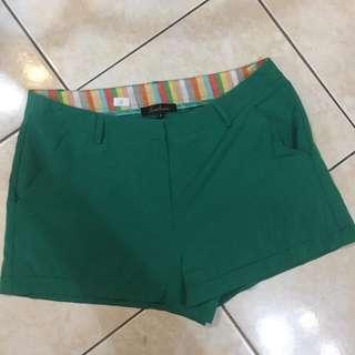 Plain Green Short