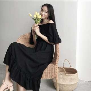 💋韓國一字領荷葉邊洋裝.  79165