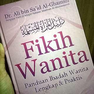 Buku fikih wanita