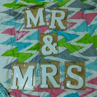 MR & MRS Wooden Letter