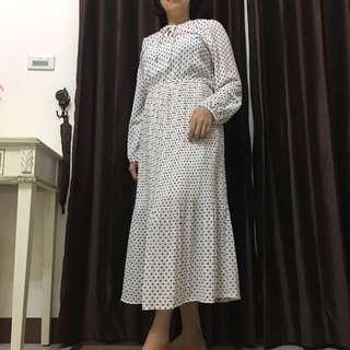 點點白洋裝👗