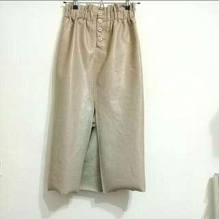 S. M🉑卡其開衩皮長裙/裙長:78cm