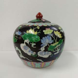 Special Artistic Porcelain Ornamental Jar melon shape with mandarin ducks and lotus on black ground