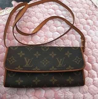 LV mini 斜揹袋