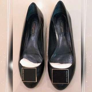 Lv💝經典女士黑色娃娃鞋~真皮(保障真品)💯