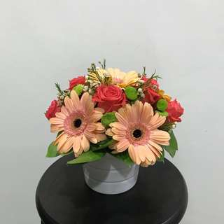 Fresh flowers - free delivery*