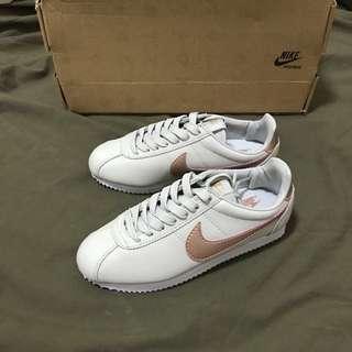 全新Nike阿甘鞋 女鞋、童鞋