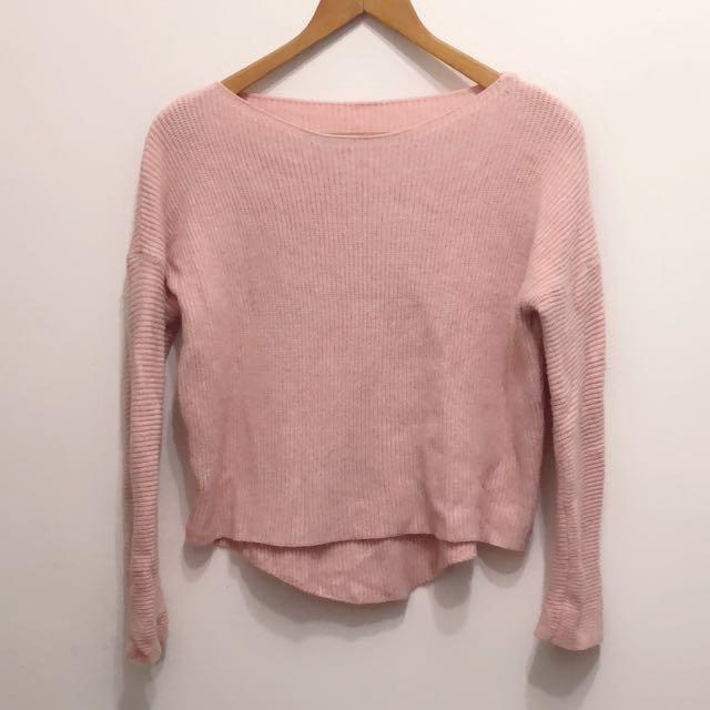 粉色前短後長毛衣,長袖款。#換季五折