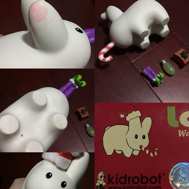 :: 玩具展kidrobot聖誕節系列白兔公仔 ::