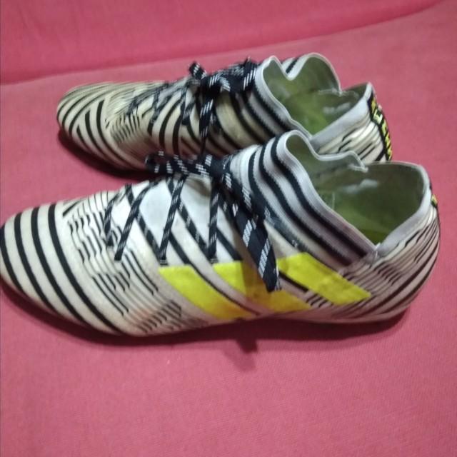 3f9310ae1d61 Adidas nemeziz 17.2 firm ground soccer boots, Sports, Sports Apparel ...