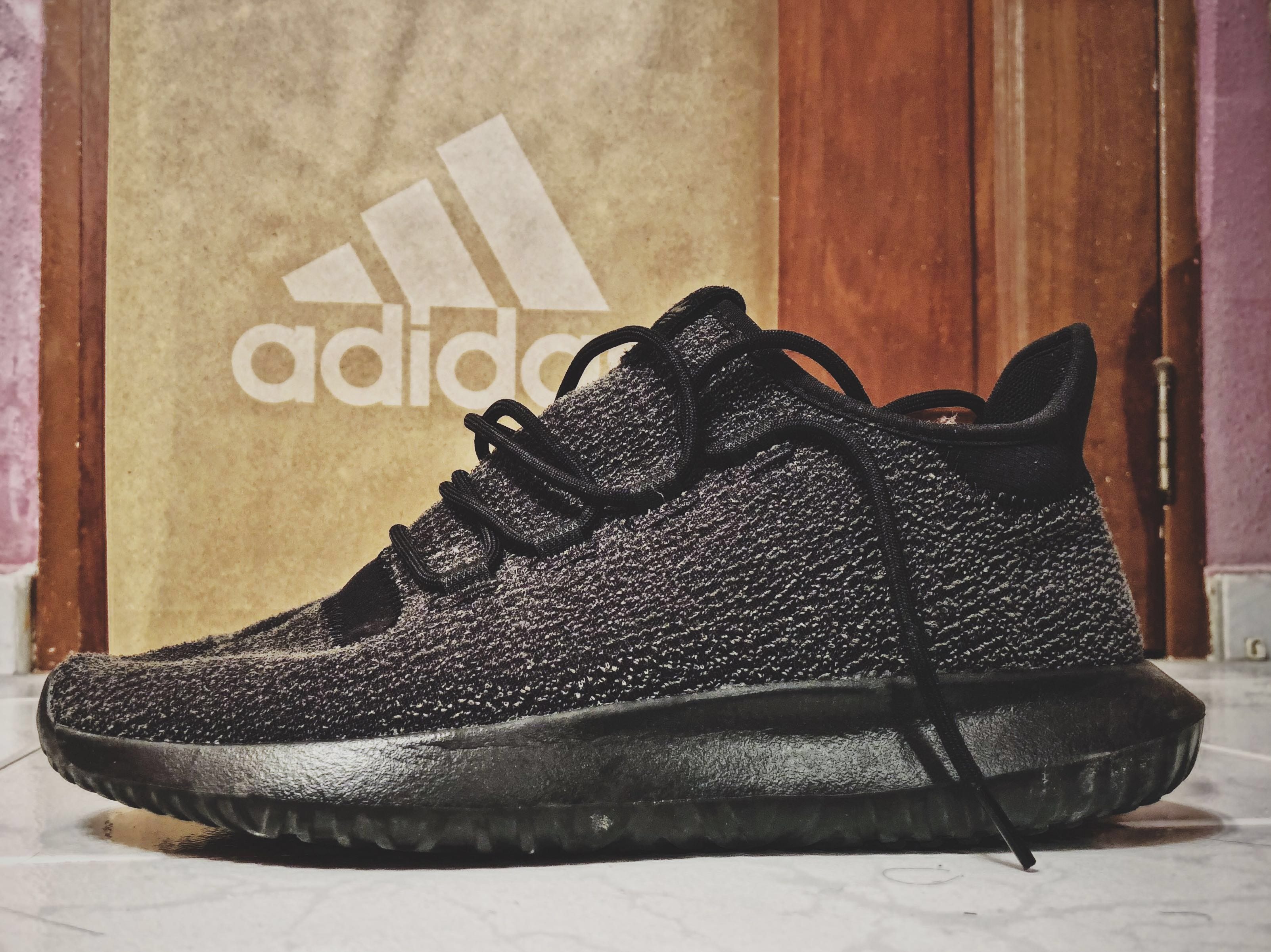 reputable site bff9b cdce6 adidas Originals Tubular Shadow Trainers In Black
