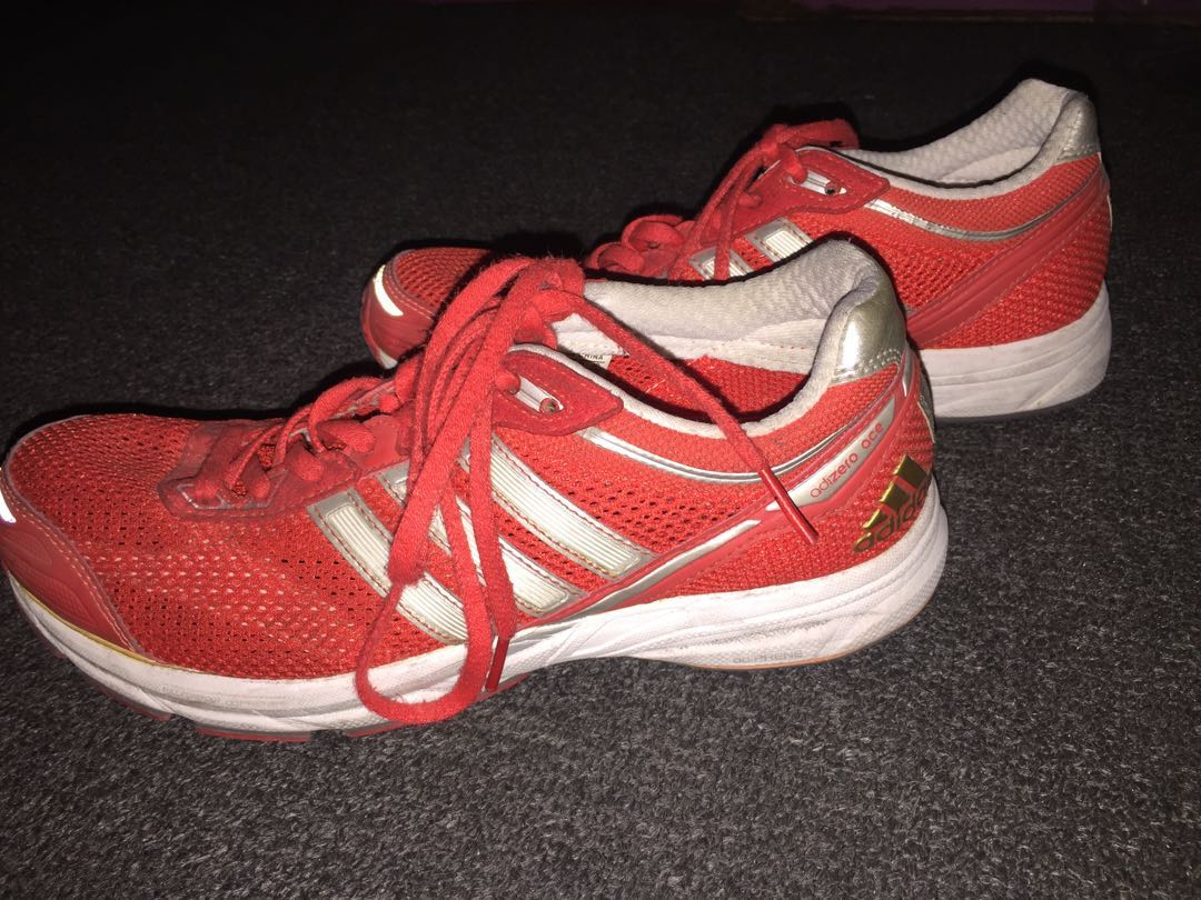 Adidas running/cross training shoes (Size: US 7)